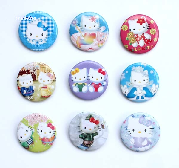 Hello Kitty 3 cm badge new