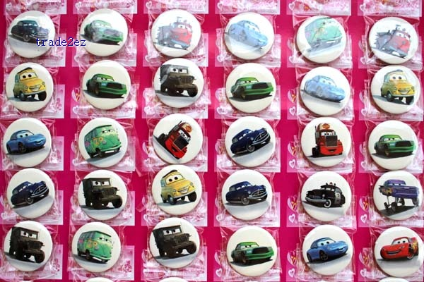 the cars 3cm badge new