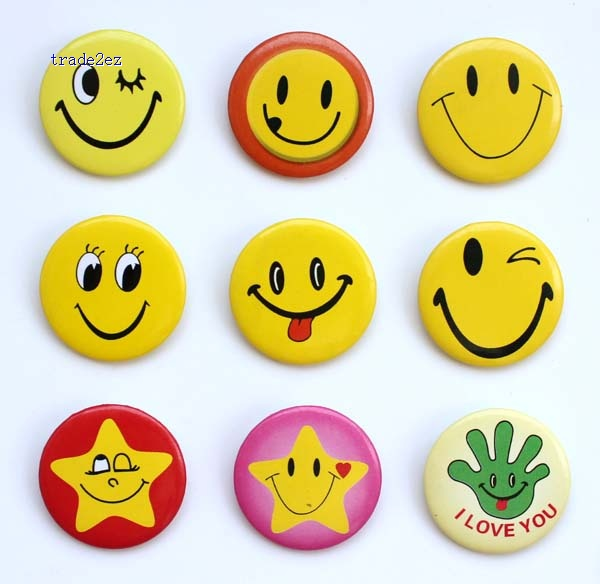 cosplay face smile 3cm badge