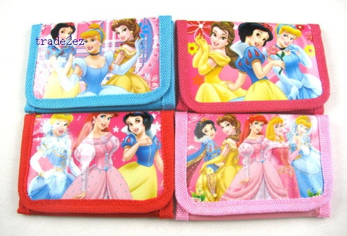 Snow White Bags Wallets Purses W 1 zip